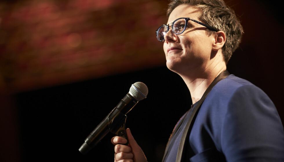 «I was the tension»: For komiker Hannah Gadsby var selvironi ikke ydmykhet, men ydmykelse. Foto: Netflix