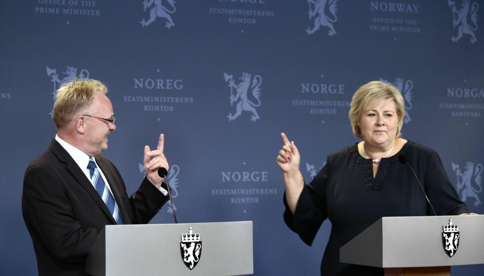 KRITIKK: Statsminister Erna Solberg vedgår at Per Sandberg ikke har fulgt råd og rutiner og heller ikke utvist nødvendig skjønn. Hun skrøt imidlertid av jobben han har gjort som statsråd. Foto: Nina Hansen / Dagbladet