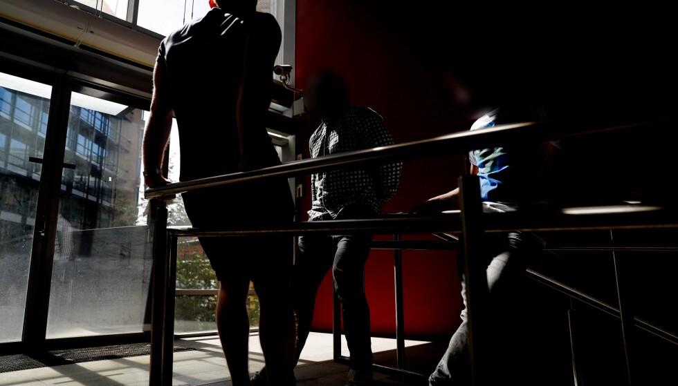 KONSULENTER: «Daniel», «Marius» og «Zafer» er tre av 17 som går til sak mot Aleris for brudd på arbeidsmiljøloven og erstatning for manglende overtidsbetaling, feriepenger og pensjon. Foto: Siv Seglem / Dagbladet.