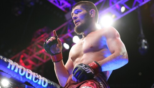 LATTERLIGGJORDE FATTIGE: Khabib Nurmagomedov la ut en video på sosiale medier som vakte stor harme hos MMA-kollega Jack Hermansson. Foto: NTB Scanpix