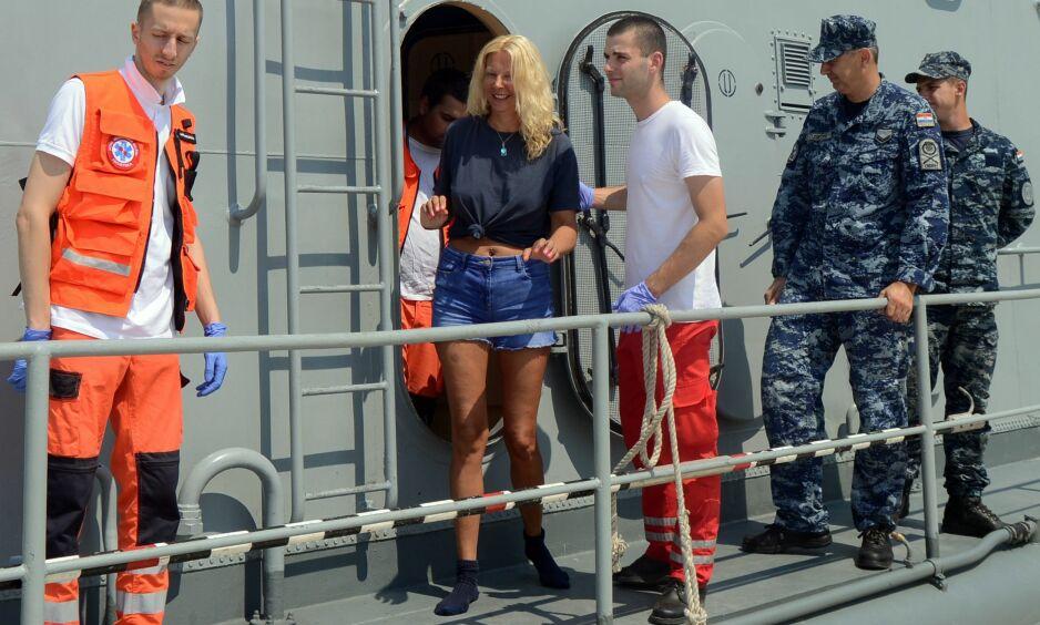 DRAMATISK: Like før midnatt lørdag falt Kay Longstaff (46) over bord fra cruiseskipet «Norwegian Star». Hun ble liggende i Adriaterhavet i ti timer. Foto: NTB Scanpix
