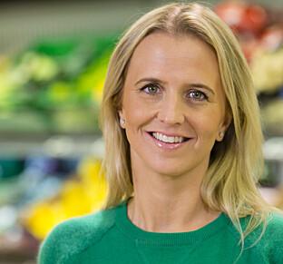 MER POSESUPPER: Kiwi selger mer hermetikk og posesupper enn vanlig, men det er ingen grunn til å hamstre, sier Kristine Aakvaag Arvin. Foto: Kiwi