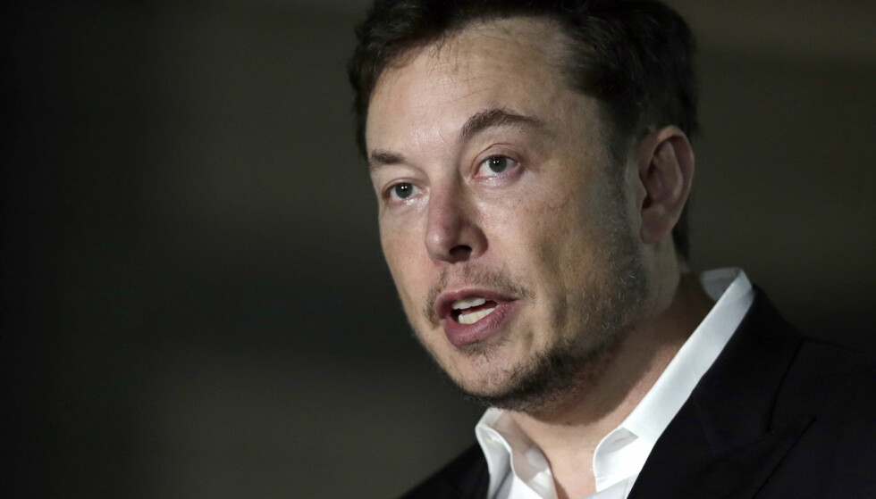 - TRENGER HVILE: Elon Musk har nylig fortalt at han jobber 120 timer i uka og at han knapt sover. Nå får han beskjed om å roe ned og hvile mer av Huffington-Post-gründer, Arianna Huffington. Foto: Kiichiro Sato/AP/Scanpix