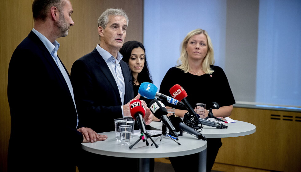 Fire som ble tre: Fra venstre: nestleder Trond Giske, partileder Jonas Gahr Støre, nestleder Hadia Tajik og Kjersti Stenseng.  Foto: Bjørn Langsem / Dagbladet