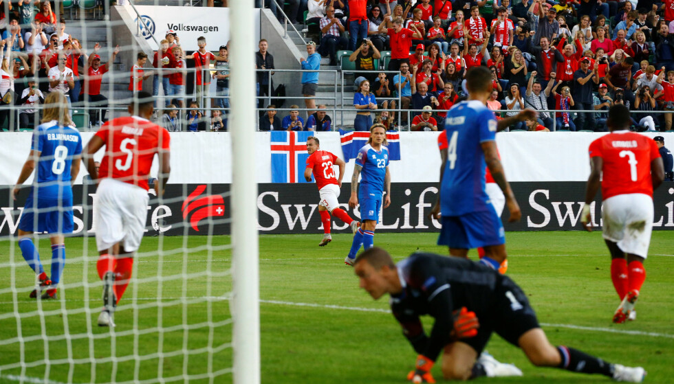YDMYKET: Sveits leverte festfotball og banket Island hele 6-0 i Nations League i kveld. Foto: Bildbyrån