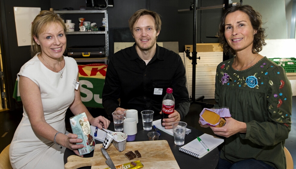 I TESTPANELET: Forbruksforsker Annechen Bahr Bugge, kokk Svein Trandem og kostholdsveileder Unni Coldevin. Foto: John T. Pedersen.