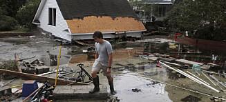 Minst 18 døde i flommen i USA