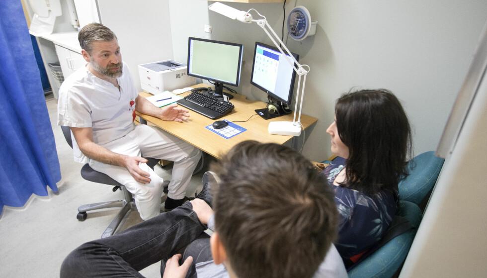 NYE TESTER: Testen som er foreslått måler uten tvil egnethet til å bli lege. Måler den egnethet til å være lege? Antagelig - men ikke fullt så godt, skriver artikkelforfatteren. Foto: Gorm Kallestad / NTB scanpix