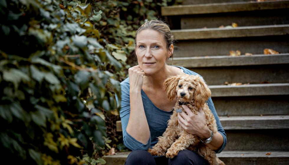 STERKT: NRK-journalist Helene Sandvig forteller om hvordan var å oppleve at faren fikk demens. Foto: Jørn H. Moen / Dagbladet