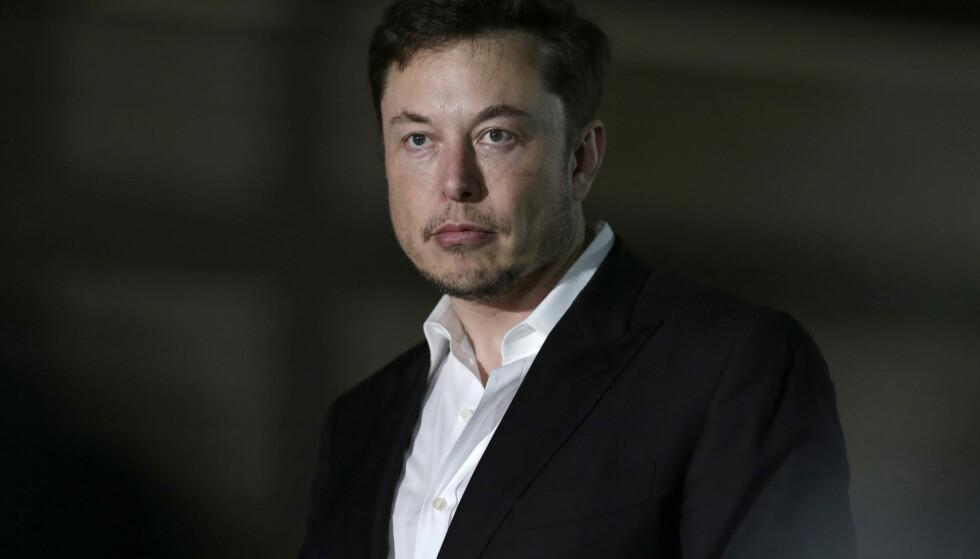 GIGANTBOT: Tesla-sjef Elon Musk har inngått et forlik med Det amerikanske finanstilsynet etter at sistnevnte gikk til søksmål mot Musk tidligere i uka. Foto: NTB Scanpix