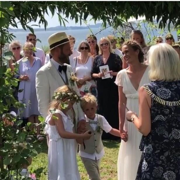 SOMMERBRYLLUP: - Den fineste dagen i livet mitt, sier Skjelde om sommerbryllupet med Miriam Lie på Brimse gård. Foto: Privat