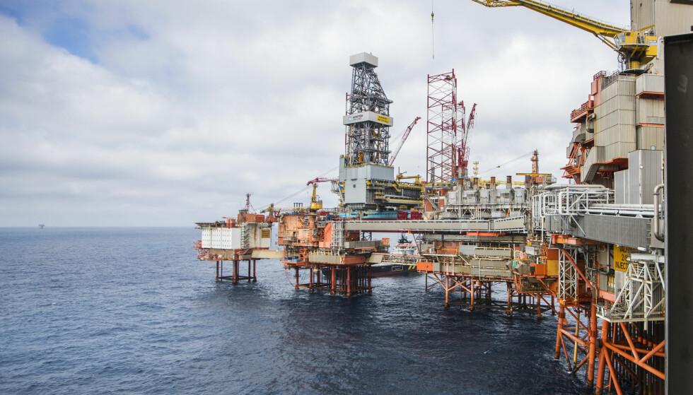STORE UTSLIPP: Utvinning av olje og gass er sammen med transport de største utslippskildene av klimagasser i Norge. Foto: Håkon Mosvold Larsen / NTB Scanpix