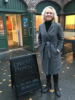 BEDRE RUSTET: Elever som benytter skolen gratis frokosttilbud mer utbytte av undervisningen de første timene, mener rektor Elin Brandsæter ved Fagerborg skole i Oslo. Foto: Tine Faltin