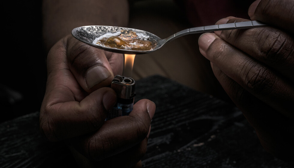 SKAL HJELPES: Vi ønsker en dreining fra straff til helsehjelp, skriver artikkelforfatter. Foto: Shutterstock / NTB Scanpix