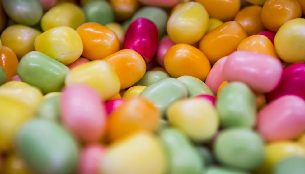 SUKKERINNTAK: Siden 2000 er det årlige forbruket av sukker gått ned fra om lag 43 til 27 kilogram per innbygger, skriver artikkelforfatter. Foto: Mariam Butt / NTB Scanpix