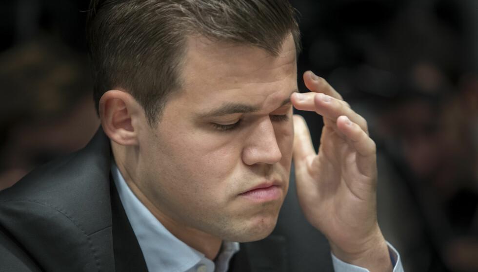 GOD START: Magnus Carlsen fikk en god start på VM, men den kunne blitt enda bedre. Foto: Terje Bendiksby / NTB scanpix