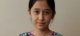 Ei 12 år gammel jente har sittet inne i en leilighet i snart fire år