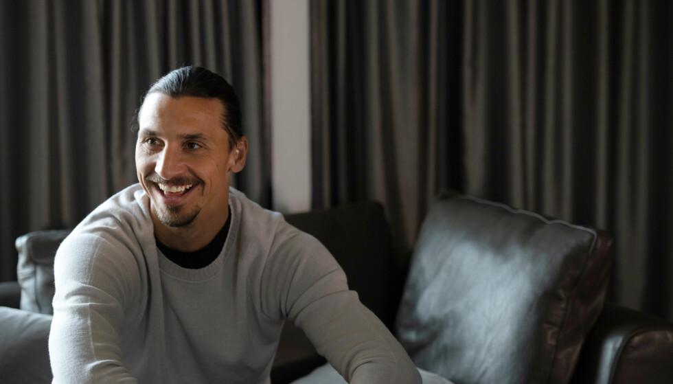 SYRLIG STIKK: Fra Zlatan Ibrahimovic i retning Manchster United. Foto: NTB Scanpix