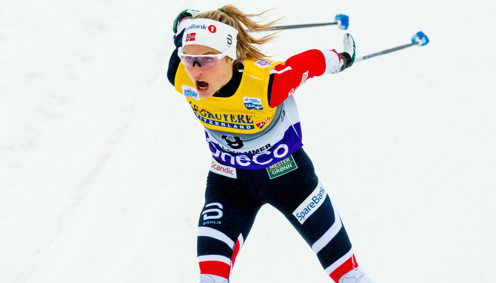 UTE: Therese Johaug ble slått ut allerede i prologen under minitouren på Lillehammer. Hun får dermed en viss avstand opp til rivalene når det hele skal avgjøres lørdag og søndag. Foto: Jon Olav Nesvoll/Bildbyrån