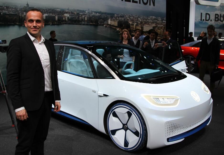 TROR PÅ ELBIL-EVENTYR: - Neste år starter et nytt kapittel i vårt elbil-eventyr med en ny serie ID-biler, sier Harald Edvardsen-Eibak, sjef for VW i Norge. Foto Rune Korsvoll