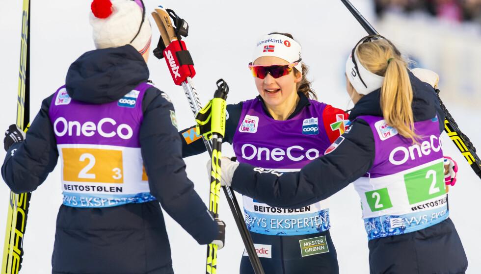 NORSK SEIER: Ankerkvinne Ingvild Flugstad Østberg gikk Norge inn til norsk stafettseier på en dag hvor Sverige floppet totalt. Foto: Bildbyrån