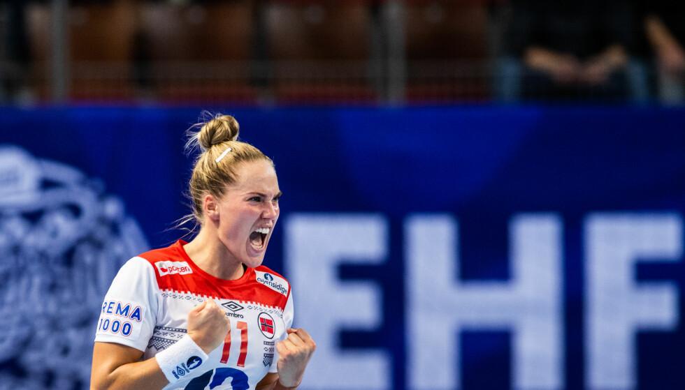 SPILLER MEST: Malin Aune har mest spilletid av de norske EM-spillerne. Lynvingen har virkelig funnet formen. Foto: Fredrik Varfjell / Bildbyrån