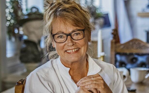 - RAUS OG SNILL: Fosheim har spilt på mange av landets teatre, og har deltatt i humorserier for NRK og andre TV-kanaler. Hun var i mange år en viktig litteraturformidler for unge og voksne på radio. I 1992 etablerte hun Minkens Barne- og Ungdomsteater, der flere generasjoner har fått prøve seg. Foto: Jørn H. Moen / Dagbladet