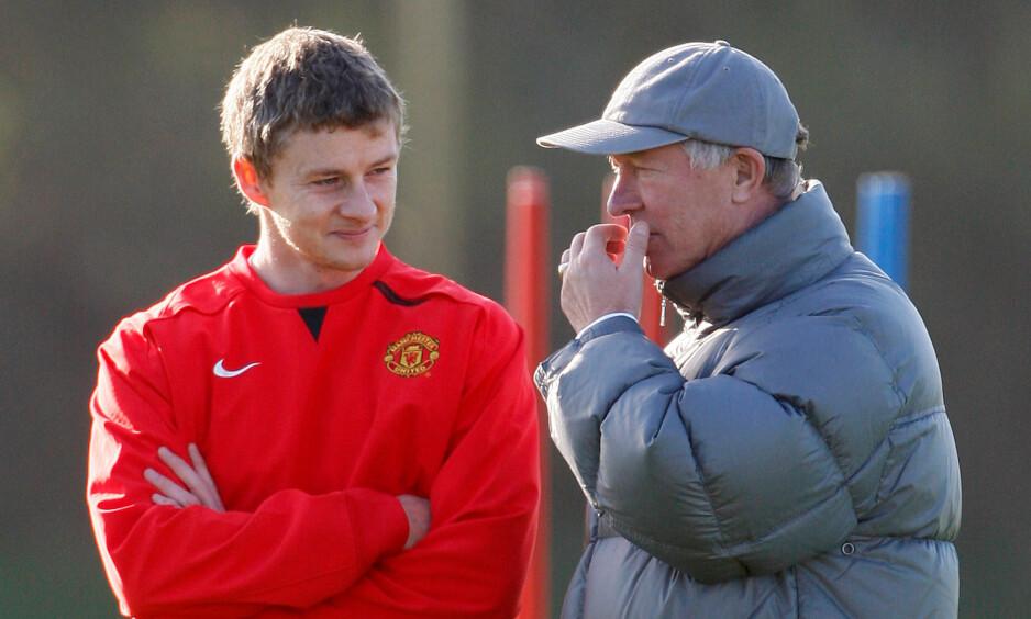 GOOD OLD DAYS: Ansvarsfordeling er ny på Manchester Uniteds treningsfelt, nå er det Ole Gunnar Solskjær (t.v.), og ikke Sir Alex Ferguson, som bestemmer. Men utgangspunktet er nøyaktig det samme. Liverpool skal beseires, de må ikke vinne Premier League. Foto: REUTERS/Phil Noble