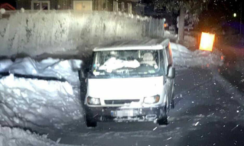 Hit, men ikke lenger: To svenske brøytebilsjåfører sørget for at innbruddsforsøket i Krångede kraftverk ble mislykket. Foto: Privat