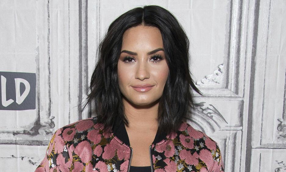 VANSKELIG TID: Demi Lovato forteller om det hun har gått gjennom og takker fansen. Foto: NTB scanpix