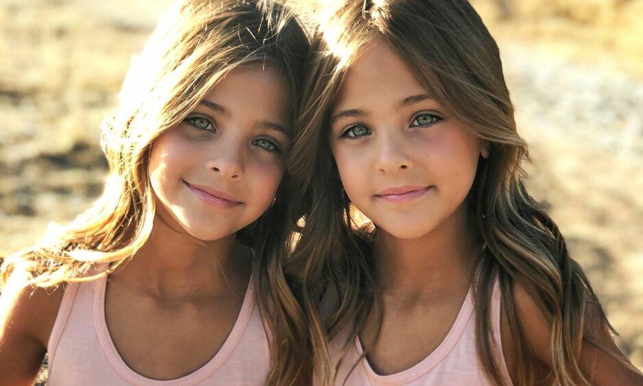 TAR VERDEN MED STORM: I løpet av knappe to år har tvillingene Ava og Leah Clements fått nesten en million følgere i sosiale medier. Dagbladet har tatt en prat med dem og mora. Foto: Privat / Jaqi Clements