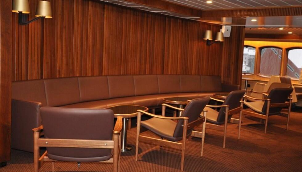 Retro: Nye tider for MS «Lofoten» som seiler langs norskekysten. Foto: Hurtigruten
