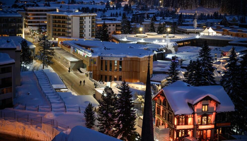 TOPPMØTE: Denne uka avholdes Verdens økonomiske forum i Davos i Sveits. Her er noen av verdens mektigste politikere og næringslivstopper samlet til en snau uke med toppmøter. Foto: Fabrice Coffrini / AFP