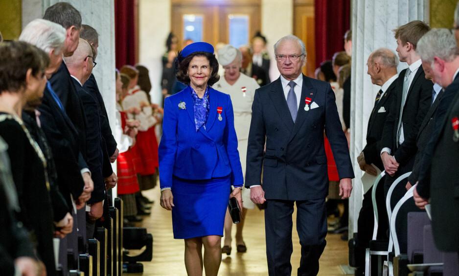 KONGEPAR: Kong Carl Gustaf og dronning Silvia av Sverige på det norske kongeparets 25-årsjublieum i 2016. Foto: Vegard Wivestad Grøtt / NTB Scanpix