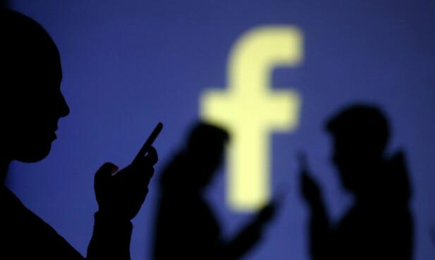 NYE BRUKERE: Facebook og andre sosiale medier-plattformer er stadig på jakt etter nye brukere. Foto: NTB Scanpix