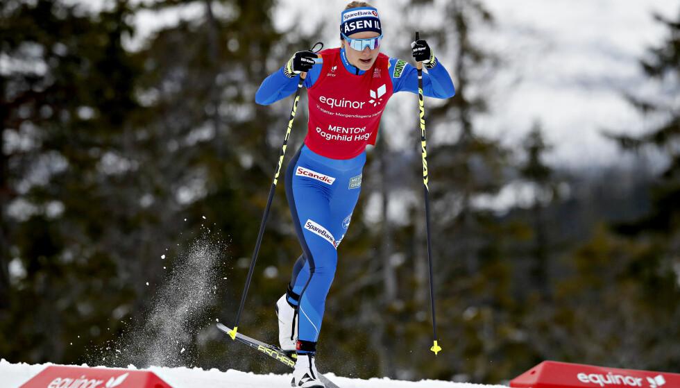IKKE I OLYMPISK FORM: Ragnhild Haga har ikke fått det til i år. Nå brenner det et blått lys for VM-deltakelsen hennes. Foto: Bjørn Langsem