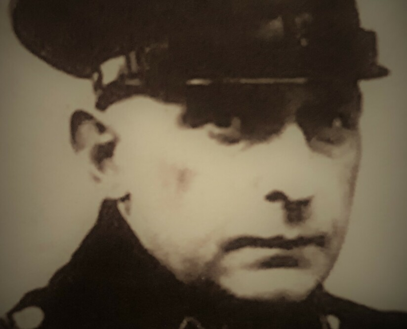 SKULLE FJERNE BEVISENE: Paul Blobel (1894-1951) deltok først i massedrapene på jøder. Fra 1942 var han ansvarlig for å få åpnet alle gravene og brent bevisene for nazistenes ugjerninger. Foto: fra boka