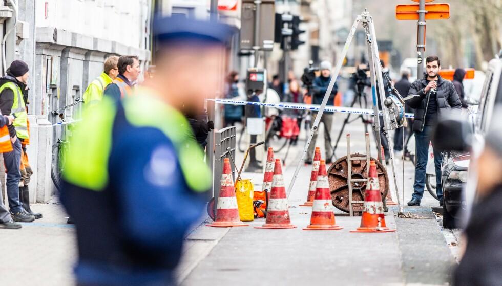 SPEKTAKULÆRT: Da politiet ankom bankhvelvet fant de 30 tomme bankbokser og et hull i gulvet som ledet dem gjennom kloakksystemet. FOTO: Jonas Roosens / AFP / NTB Scanpix