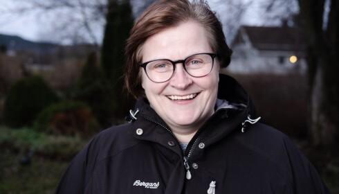 GLAD: - Som voksen har jeg lært å tenke mye mer positvt og lete etter mulighetene, sier Mette Nonseth. Foto: Monster/NRK
