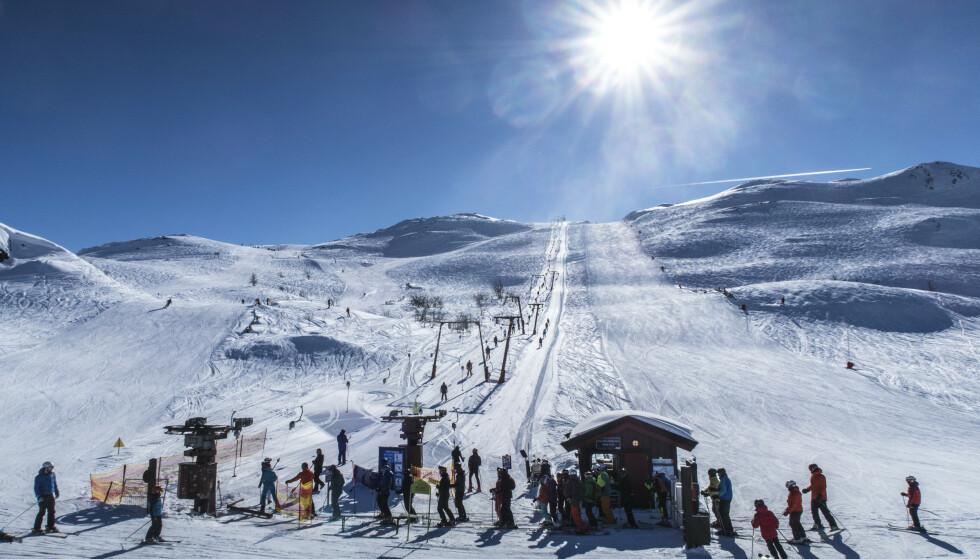 DÅRLIGERE SKIFORHOLD: Været for hele Norge blir nokså likt de neste ti dagene: Først kommer mildværet, som trolig blir erstattet med kuldegrader neste uke. Det kan gi dårligere skiforhold, sier meteorologene til Dagbladet. Her fra Hemsedal i fjor. Foto. NTB Scanpix