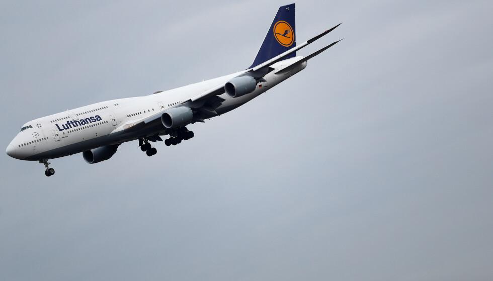 SØKSMÅL: Lufthansa mener en av deres kunder har benyttet seg av et smutthull for å få billigere flybilletter, og har gått til søksmål mot vedkommende. Foto: Kai Pfaffenbach / Reuters / NTB Scanpix