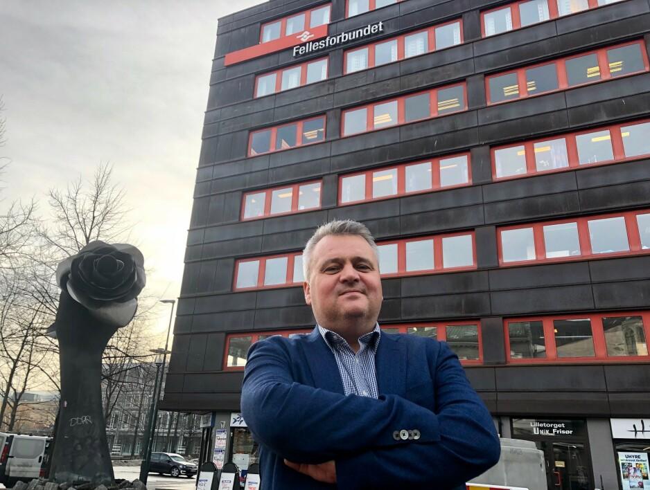 OPPRYDNING: Jørn Eggum, den mektige LO-bossen i Fellesforbundet med 140.000 medlemmer i ryggen, mener det trengs en grundig opprydning i restaurantbransjen. Foto: Gunnar Ringheim / Dagbladet