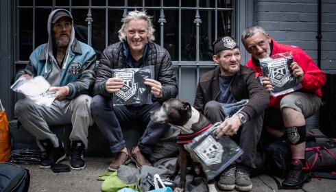100 LØSE FUGLER: I kunstprosjektet «Hornsleth Homeless Tracker» har Kristian von Hornsleth lagt ut over 100 av Londons løse fugler ut for salg. Foto: Hornsleth Homeless Tracker