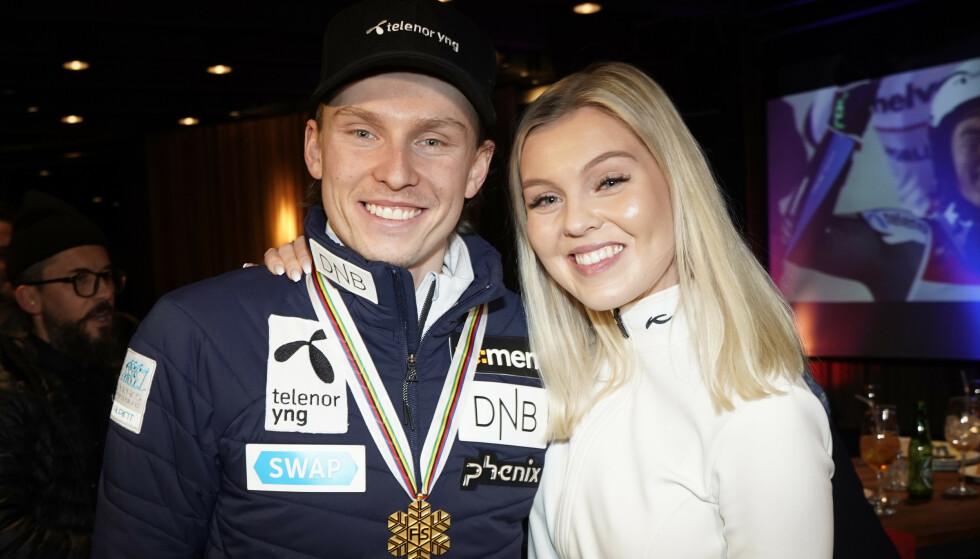 KJÆRESTER: Henrik Kristoffersen takket kjæresten Tonje Barkenes etter seieren. Foto: NTB scanpix