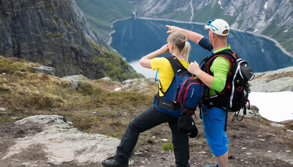 LYKKELIGE: Ekteparet blir beskrevet som lykkelige av venner og bekjente. De var svært opptatt av friluftsliv og brukte hver helg til å stå på ski i vintersesongen. Foto: Lars Losvik