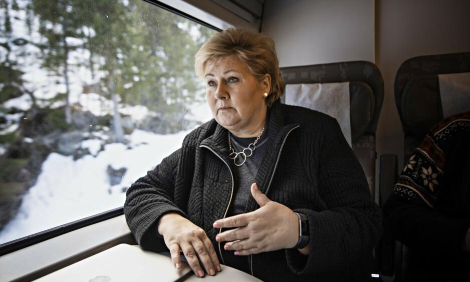 VIL IKKE EGGE TIL STRID: Erna Solberg forteller Dagbladet at hun ikke ønsker å havne i munnhuggeri med opposisjonen etter at regjeringen i går presenterte endringene i abortloven som stanser fosterreduksjon. Foto: Jørn H. Moen / Dagbladet