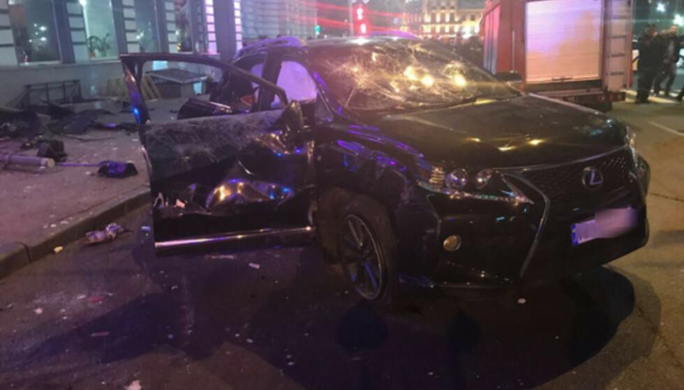 SEKS DREPT: Denne bilen kjørte inn i en folkemendge i Ukraina i 2017. Seks personer mistet livet, og ytterligere seks ble skadd. Foto: Det nasjonale politiet i Ukraina.