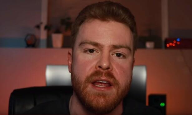 RASENDE: Youtuber Matt Watson er rasende etter å ha kartlagt hvordan Youtubes algoritmer tilrettelegger for at dette skjer, og at de ikke gjør mer for å stoppe det. Foto: Skjermdump