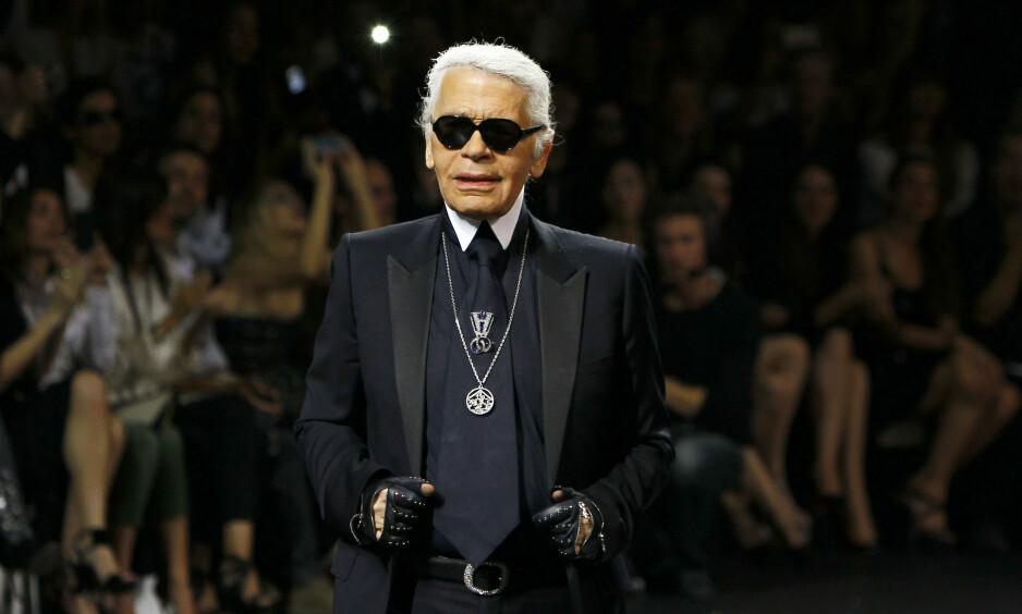 ANONYMT: Karl Lagerfeld kan sies å ha vært en mann med mye ekstra futt, men konseptet begravelse kunne han ikke fordra. Foto: NTB scanpix