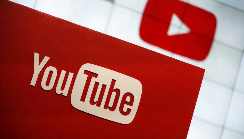 SKANDALE: Youtube har fått massiv kritikk for å ha spredt seksualiserte videoer av små barn, og latt voksne mennesker holde på med upassende aktivitet i kommentarfeltene. Foto: NTB Scabnpix